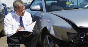What to Bring to Your Personal Injury Attorney After a Car Wreck