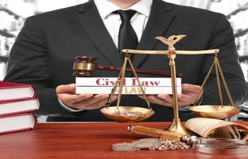 4 Factors to Consider When Deciding on a Civil Law Attorney